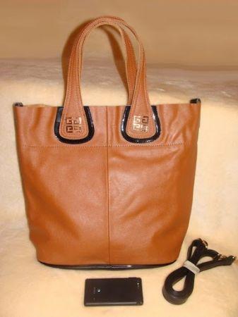Сколько стоит настоящая сумка Живанши?СРОЧНО!!!!