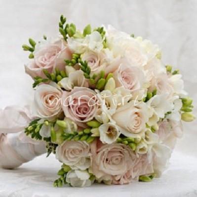 svadebnie-buketi-za-1500