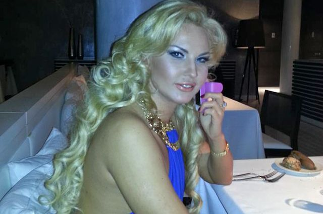 Камалия без макияжа - bez 53