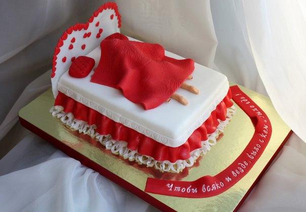 Спечь торт с сиськами
